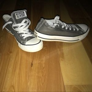 Like new, hardly worn; like two times. converse.